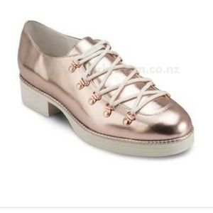 MIISTA platform mettalic rose gold shoes